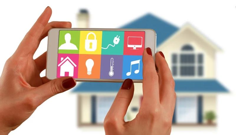 Mulitmedia Smart Home Smarte Steuerung Fernsteuerung Modern Zuhause Vernetzen